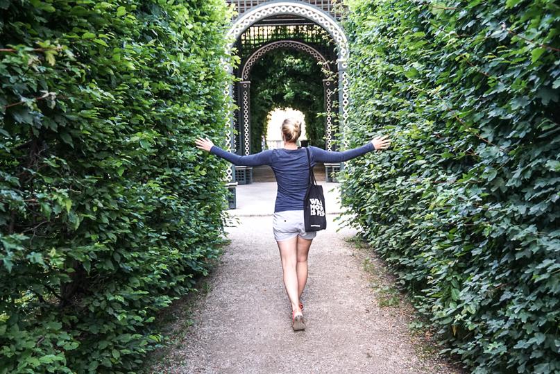 Gardens Schoenbrunn Castle