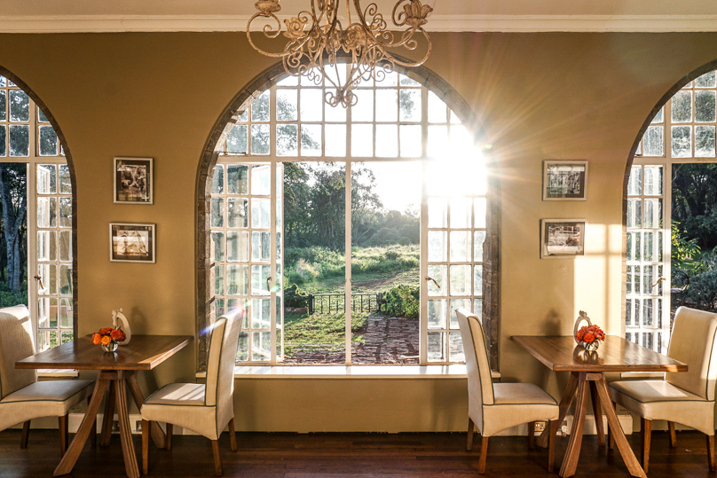 Giraffe Manor Window Tables