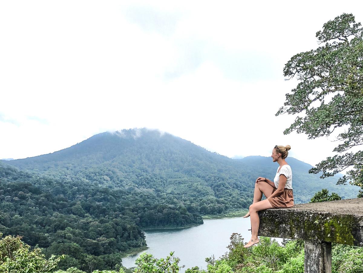 Lake Buyan Julia