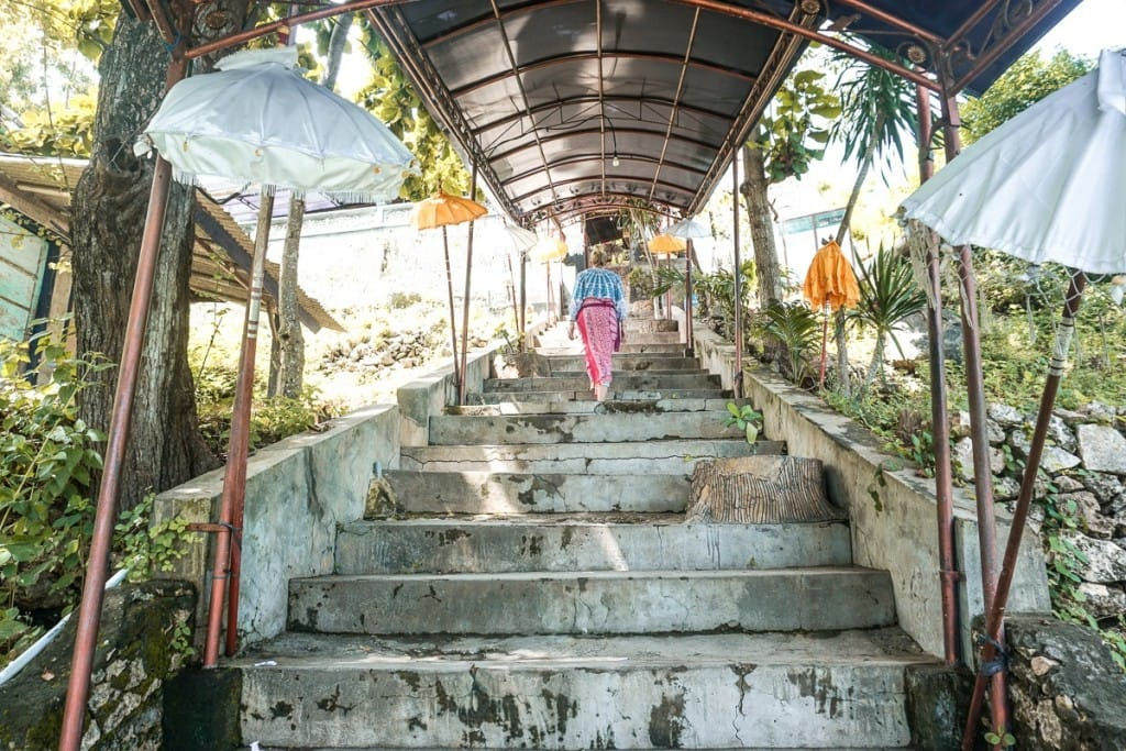 Pura Goa Giri Putri Cave